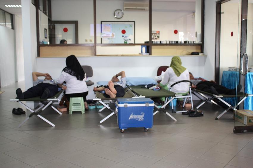 Galleri Stamet, Donor Darah